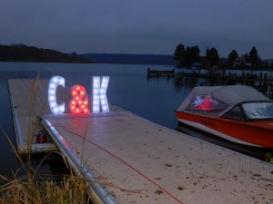 Leuchtbuchstaben Hochzeit
