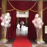schöne Ballondekoration zur Hochzeit