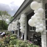 Außendekoration mit Ballons